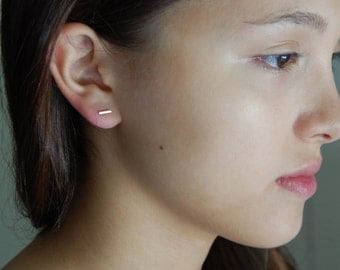 Simple Gold Earrings Minimalist Earrings 14K Gold Earrings Solid Gold Studs Gold Line Earrings 14K Gold Jewelry