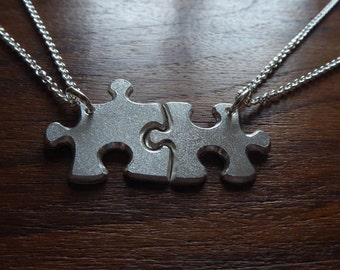 Medium Best Friends Puzzle Necklaces