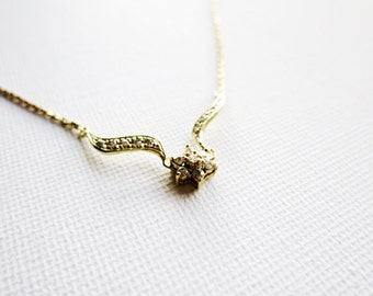Vintage 10K Gold Short Necklace with 17 Tiny Diamonds Rositas or Tiny Rose for Young Girl