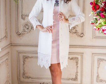 """Stylish knitted snow-white coat """"Premium"""" with lace"""