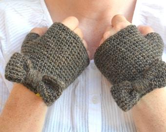 Knit bow mittens, crochet fingerless gloves, chestnut brown wristwarmers