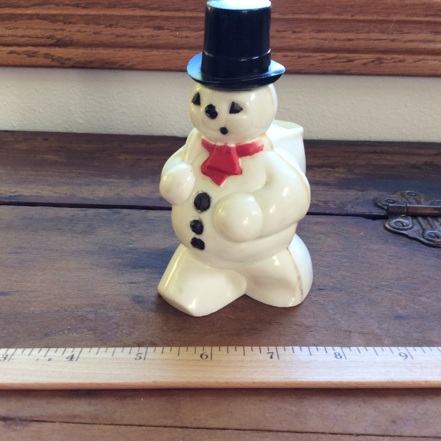 Vintage rosbros hard plastic snowman candy container for Plastic snowman