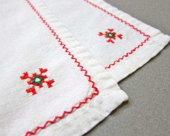 Vintage Christmas Napkins, Set of 2 Cloth Napkins,