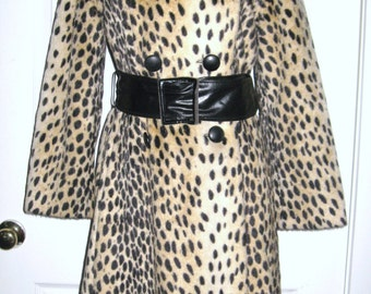 MOD Vintage 1960s Faux LEOPARD CHEETAH Fur Mohair Princess Trench Coat Lapel Collar Belt Satin Lined Sz S M Rockabilly PinUp Burlesque