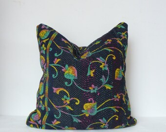kantha pillow case // 18 x 18 // boho pillow case // kantha cushion