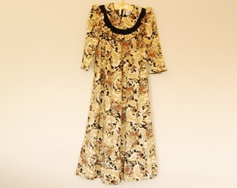 Black and Gold Floral Print Dress with Bib - 1970s