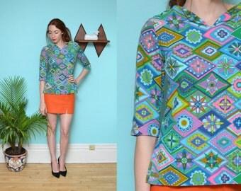 60s 70s DIAMOND colorblock novlety printed knit blouse // rainbow colorful boat neck boxy fit 3/4 sleeve psychedelic hippie boho dress shirt