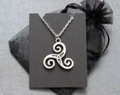 Teen Wolf Triskelion necklace – Derek Hale spiral tattoo – cosplay / convention jewellery / jewelry