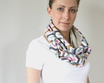 Loop scarf graphic colorful