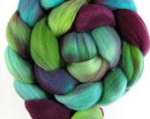 merino wool roving, spinning fiber, spinning fibre, hand dyed roving, hand painted roving, kettle dyed roving, combed top, green berry blue