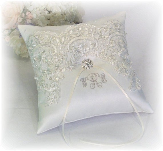 Monogram Wedding Ring Bearer Pillow: Ring Bearer Pillow Ivory With Silver Thread Ivory Ring Bearer