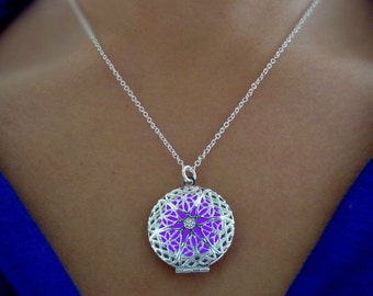 Purple Frozen Glowing Necklace - Glow in the Dark - Glowing Jewelry - Glow Pendant - Circle Necklace - Gifts for Her - READY TO SHIP