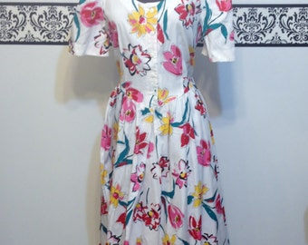 80's Does 50's Pin Up Floral Day Dress by Stuart Alan Petites, Size 12, Large, Vintage Rockabilly Dress, 1980's Cotton Floral Dress
