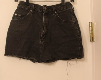 Black Lee Cut Off Shorts Size 27