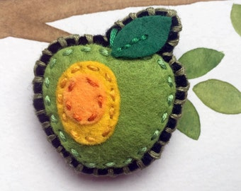 Felt Fridge Magnet (Apple)