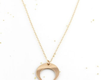 Tusk Necklace, Double Horn Necklace, Gold Horn Necklace, Moon Necklace, Crescent Necklace, Gold Moon Necklace