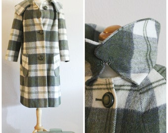 Vintage 60's GREEN Cream PLAID Wool Large Wedding Ring Collar Walking Coat SEARS Fashions