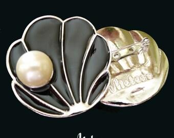 Shell Brooch, Enamel, The Tahitian, Black Vintage Inspired Brooch, Large Enamel Brooch, Large Shell Brooch, Enamel Brooch, Black Enamel Pin