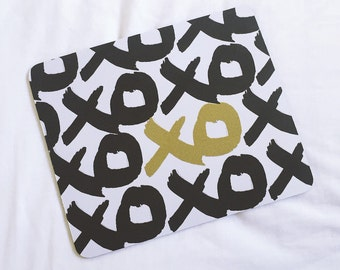 Black & Gold 'XO' Print Mousepad/Mousemat. Perfect for your office!