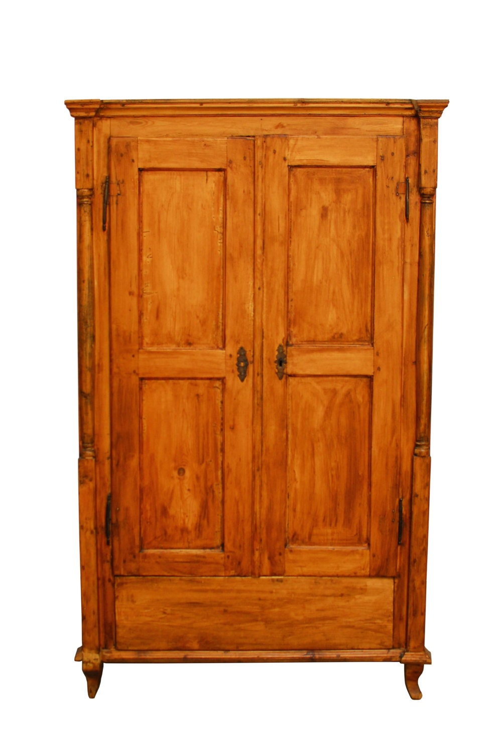 19th century french pine armoire haute juice. Black Bedroom Furniture Sets. Home Design Ideas