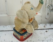 Circus Elephant // Tin Toy // Circus Toy // Farmhouse Decor // Vintage Circus // Litho Toy // Elephant // Antique Toy