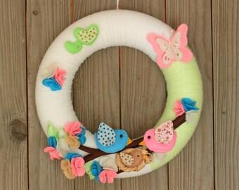 "Baby Wreath, Nursery Decoration Felt, Name Wreath, Front Door Wreath, Yarn Wreath, Wall Deco, 10"" Decoration"