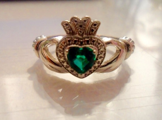 emerald claddagh ring kay jewelers new low price by. Black Bedroom Furniture Sets. Home Design Ideas