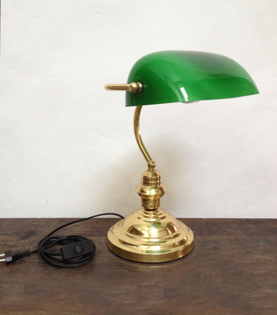 lampe de bureau vintage orientable avec opaline verte et pied. Black Bedroom Furniture Sets. Home Design Ideas