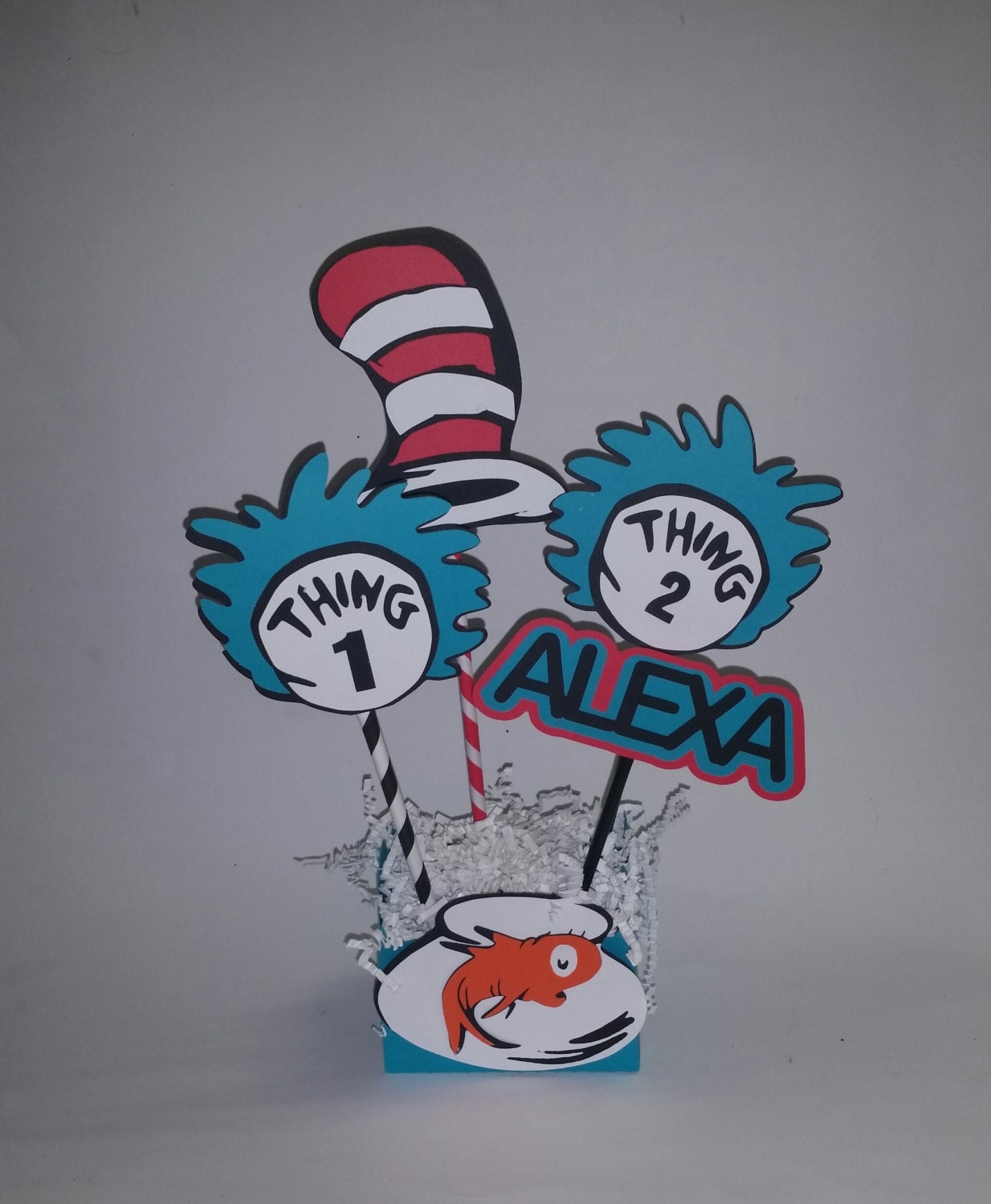 Dr Seuss Birthday Centerpieces Table