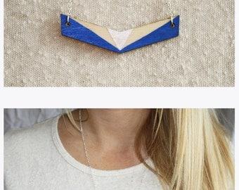 Collar Midnight Blue Triangle