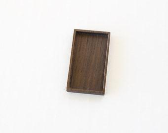 Rectangle bezel tray setting hardwood finished - Walnut - 26 x 48 mm cavity - (F61-W)