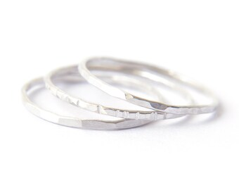 3 Sterling Silver stacking ring set - hammered grooved & faceted rings - delicate sterling silver rings - minimalist jewelry / Signe 1mm