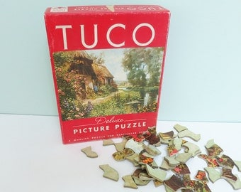 Tuco Deluxe Vintage Picture Puzzle, Thatched Roof English Cottage with Garden and Brook, Carnival of Spring