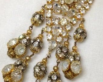 MAKE AN OFFER Vintage Apex Art Faux Pearls/Rhinstones Brooch