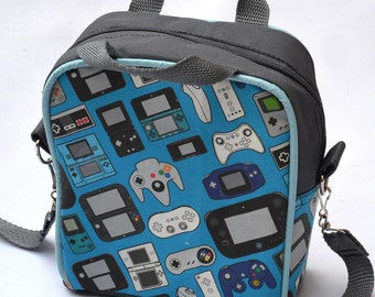 Video game controllers lunch box / lunch bag