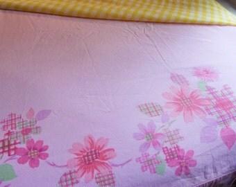 Vintage Bed Sheet, Vintage Bedding, Pink Sheet, Full Flat Sheet, Queen Sheet, Floral Pink