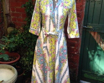 1940s Dressing Gown, Hollywood-Style Glamour