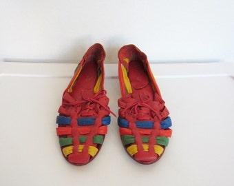 Women's Vintage 1980s Boho Shoes / Multicolored Leather Huaraches / Woven Sandals / Size 7