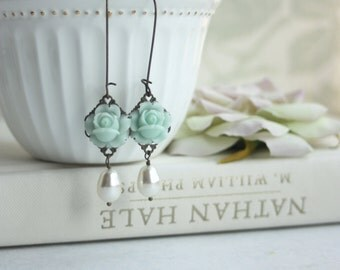 Mint Rose Flower Buds and Ivory Pearl Dangle Earrings. Mint Flower Earring. Mint Wedding. Ivory Mint Green Rustic Wedding. Bridesmaids Gift.