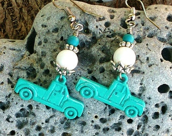 Patina Truck Earrings, TrUck Jewelry, Western Earring, Country Girl, Cowgirl JeWelry, Red or Turquoise, WeStErN JeWeLry