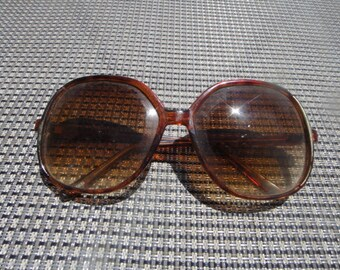 Vintage Funky Brown Sun Glasses Sunglasses Shades Vintage Retro