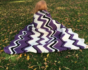 Knit Blanket, Knit Throw, Knit lapghan, Knit Afghan, Knit Toddler Blanket, Knit toddler Throw, Chevron blanket, Chevron throw, toddler throw