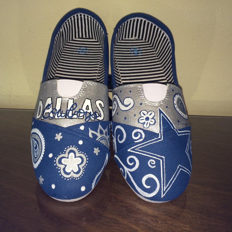 dallas cowboys s shoes toms available