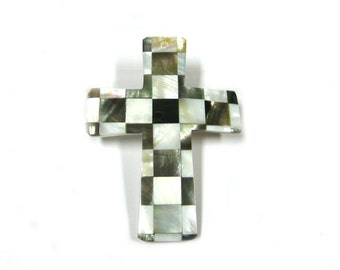 Mother of Pearl Checkered Cross Pendant (1pc)
