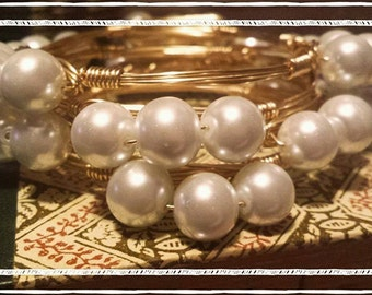 3 pearl bangles for any occasion- Very Cute for Football Gameday!!!!