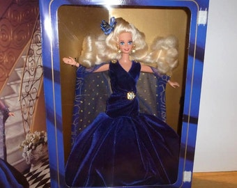 Barbie SAPPHIRE DREAM Society Style, Blonde, NRFB, Mattel 1995 Limited Edition, 13255,  Sealed box, Never Displayed