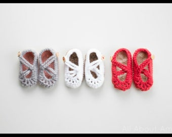 Double strapped baby mary janes, crochet mary janes