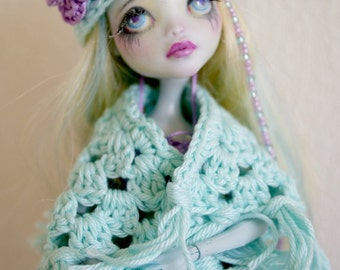 Shawl for Monster high or Barbie doll