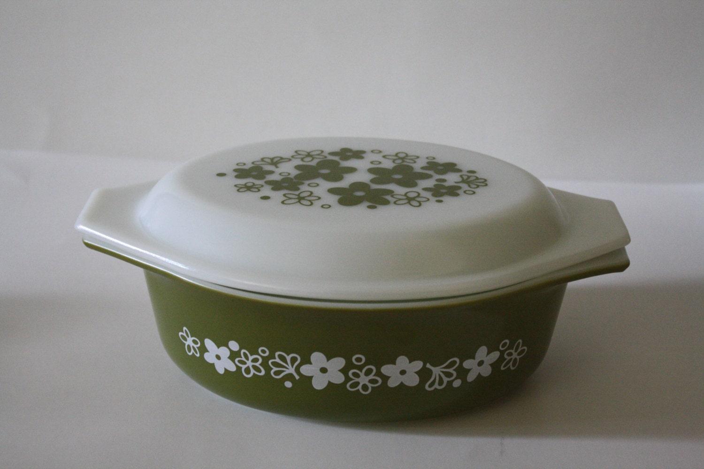 Vintage Baking Dish Vintage Pyrex bowl Verde Avocado Green