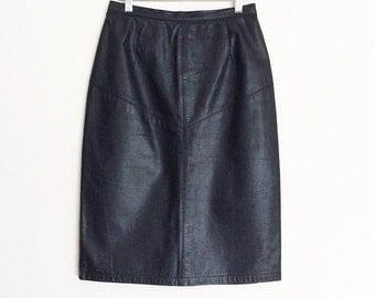 Vintage leather pencil skirt // vintage leather skirt